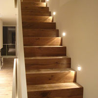 treppe mit holz verkleiden nebenkosten f r ein haus. Black Bedroom Furniture Sets. Home Design Ideas